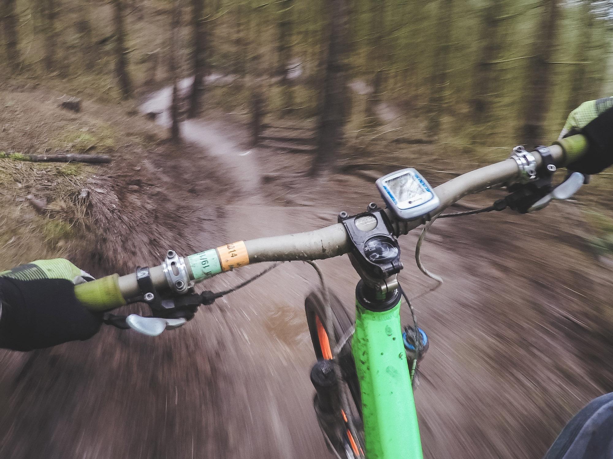 mountain-biking-1210066